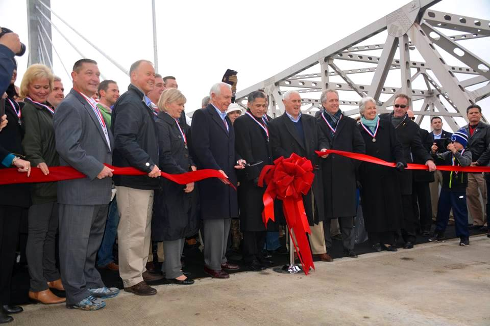 Ribbon-Cutting-Dec-5-2015